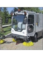 Компактная вакуумная подметально-уборочная машина ТКМ-220